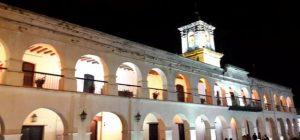 El Cabildo de la Ciudad de Salta funcionó como una institución representante de los intereses de las élites locales, cuyos miembros, en su mayoría, estaban vinculados a las mulas como productores, invernadores y comerciantes en función de las demandas del Alto Perú Minero. Fotografía tomada por el autor